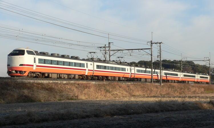 日光号・きぬがわ号について 『日光号』・『きぬがわ号』号は、新宿~栗橋...  関西の鉄道総合サ