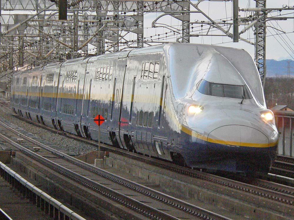 那須塩原駅にて。E4系MAX単独運用です。